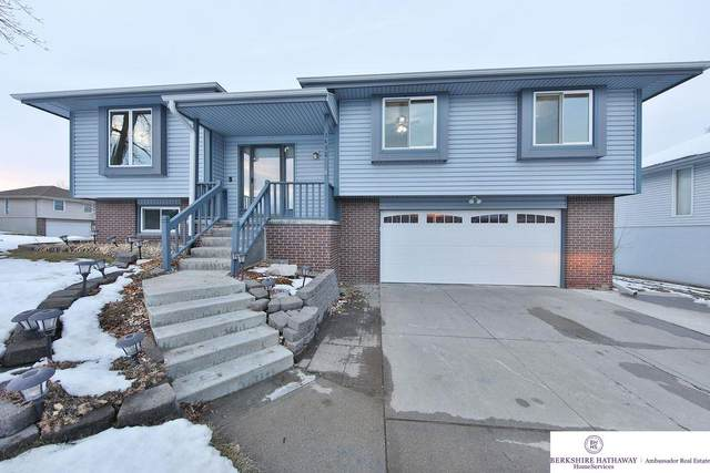 3432 Faye Drive, Bellevue, NE 68123 (MLS #22031264) :: Stuart & Associates Real Estate Group