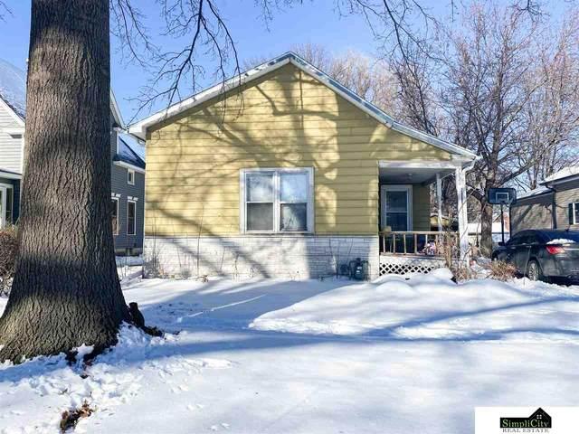 2220 D Street, Lincoln, NE 68502 (MLS #22100041) :: Omaha Real Estate Group