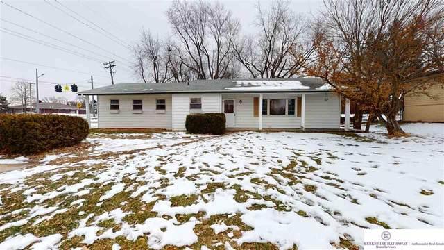 801 S East Street, Valley, NE 68064 (MLS #22100107) :: Omaha Real Estate Group