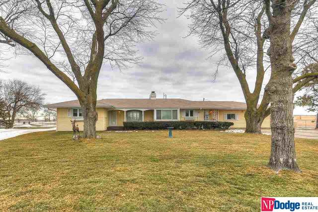 29310 Ida Street, Valley, NE 68064 (MLS #22100132) :: Capital City Realty Group