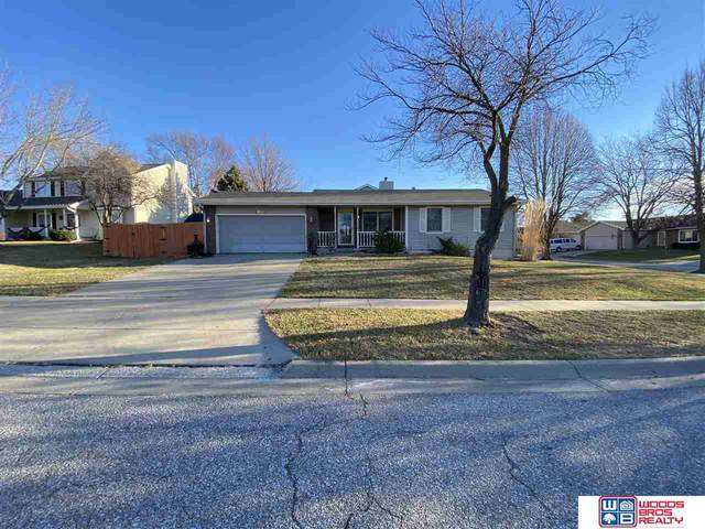 5000 NW Carver Circle, Lincoln, NE 68521 (MLS #22100229) :: Catalyst Real Estate Group