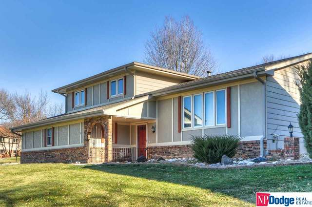 11515 Roanoke Boulevard, Omaha, NE 68164 (MLS #22100247) :: Cindy Andrew Group