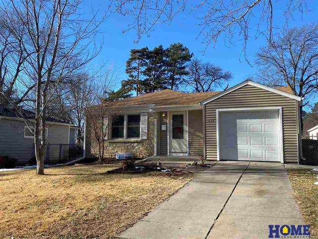 1319 S 49th Street, Lincoln, NE 68510 (MLS #22100289) :: One80 Group/Berkshire Hathaway HomeServices Ambassador Real Estate
