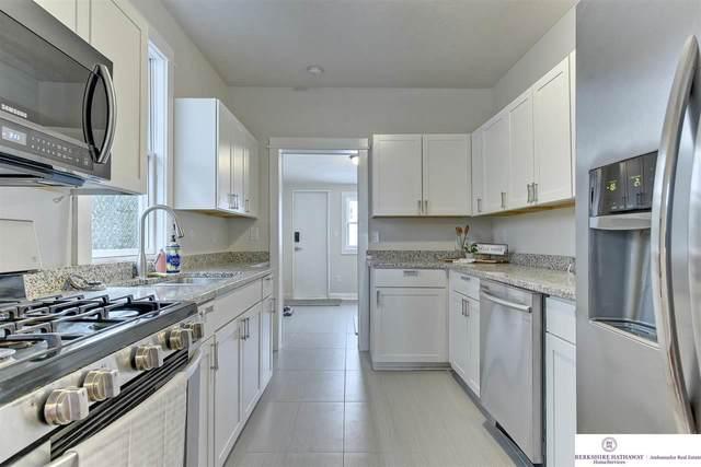 4210 S 21 Street, Omaha, NE 68107 (MLS #22100338) :: Stuart & Associates Real Estate Group