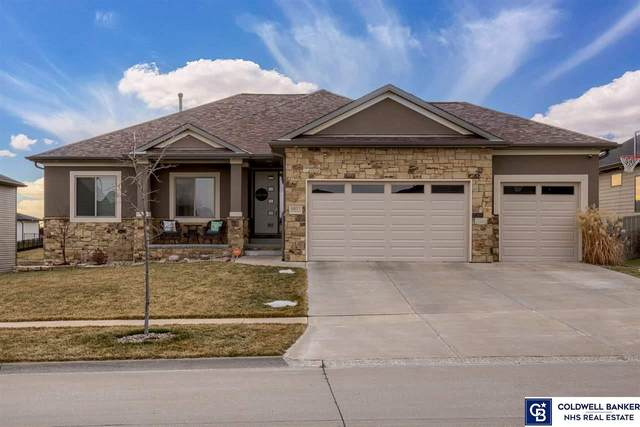 9811 S 30th Street, Lincoln, NE 68516 (MLS #22100361) :: Stuart & Associates Real Estate Group