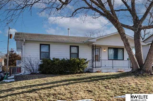 7711 41 Terrace, Bellevue, NE 68147 (MLS #22100380) :: The Homefront Team at Nebraska Realty