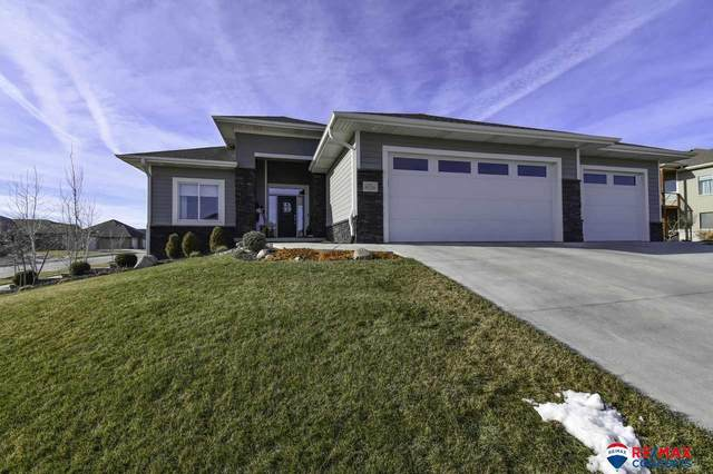 9125 S 74th Street, Lincoln, NE 68516 (MLS #22100393) :: Dodge County Realty Group