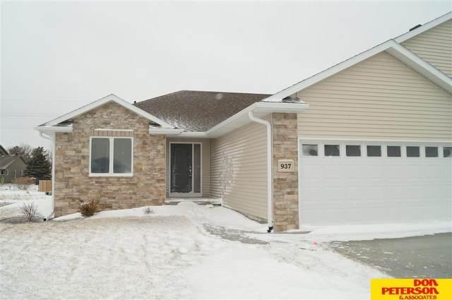 937 Kate Avenue, Fremont, NE 68025 (MLS #22100431) :: Stuart & Associates Real Estate Group