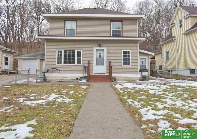 131 E Graham Avenue, Council Bluffs, IA 51503 (MLS #22100456) :: Don Peterson & Associates