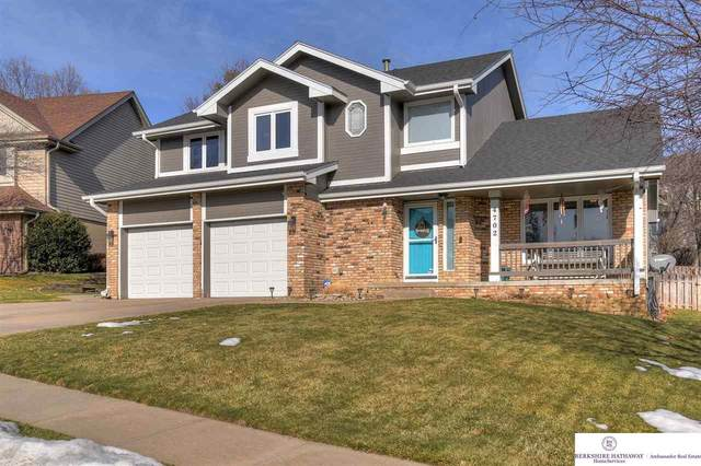 4702 Dumfries Drive, Omaha, NE 68157 (MLS #22100526) :: Cindy Andrew Group