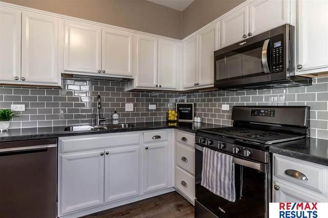 5336 Hickory Street, Omaha, NE 68106 (MLS #22100537) :: Lincoln Select Real Estate Group