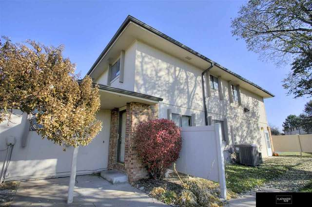 816 N 123 Court 5C-C, Omaha, NE 68154 (MLS #22100611) :: Capital City Realty Group