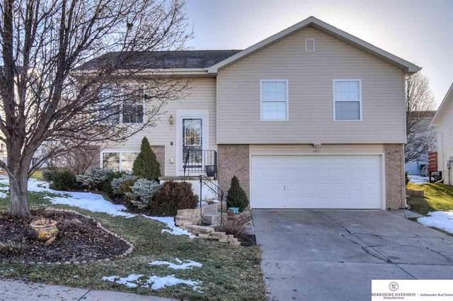 8107 N 153 Avenue, Bennington, NE 68007 (MLS #22100622) :: Lincoln Select Real Estate Group