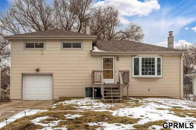 6618 Lafayette Avenue, Omaha, NE 68132 (MLS #22100623) :: Complete Real Estate Group