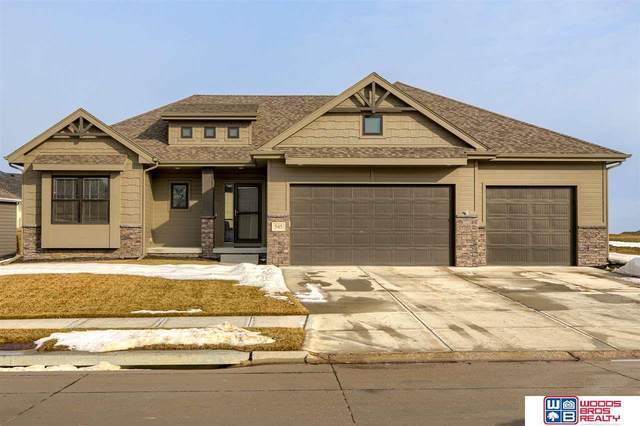 545 N 10th Avenue, Springfield, NE 68059 (MLS #22100624) :: Cindy Andrew Group