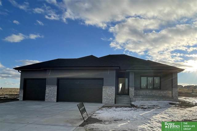 20859 Sandstone Lane, Gretna, NE 68028 (MLS #22100642) :: Catalyst Real Estate Group