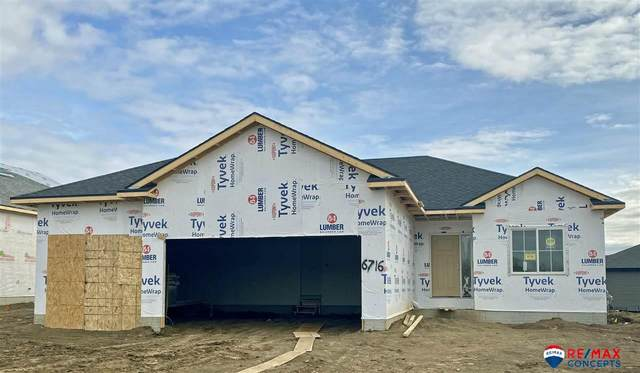 6716 Verano Drive, Lincoln, NE 68523 (MLS #22100664) :: Stuart & Associates Real Estate Group