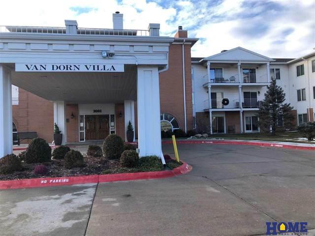 3001 S 51st Court #267, Lincoln, NE 68506 (MLS #22100680) :: Stuart & Associates Real Estate Group