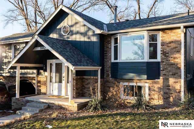 11442 Castelar Circle, Omaha, NE 68144 (MLS #22100808) :: Complete Real Estate Group
