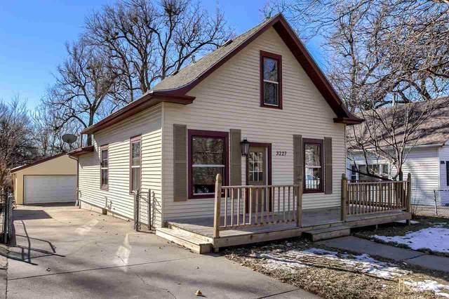 3227 Doane Street, Lincoln, NE 68503 (MLS #22100815) :: Dodge County Realty Group