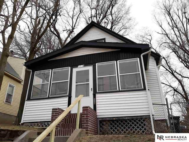 5513 S 33 Avenue, Omaha, NE 68107 (MLS #22100899) :: Catalyst Real Estate Group