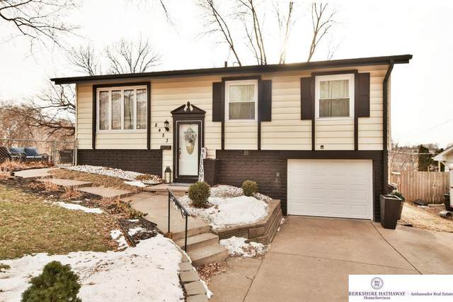 8453 Lakeview Drive, Omaha, NE 68127 (MLS #22100920) :: Catalyst Real Estate Group