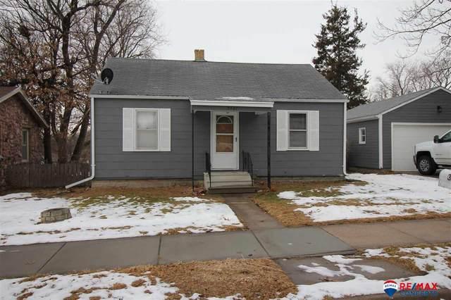 3907 Worthington Avenue, Lincoln, NE 68502 (MLS #22101075) :: Stuart & Associates Real Estate Group