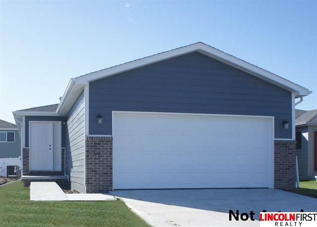 1627 SW 29th Street, Lincoln, NE 68522 (MLS #22101082) :: The Homefront Team at Nebraska Realty