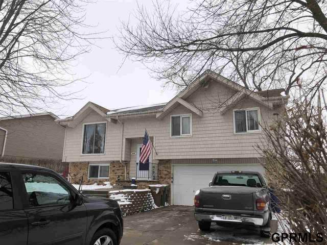 818 Evergreen Avenue, Bellevue, NE 68005 (MLS #22101100) :: One80 Group/KW Elite