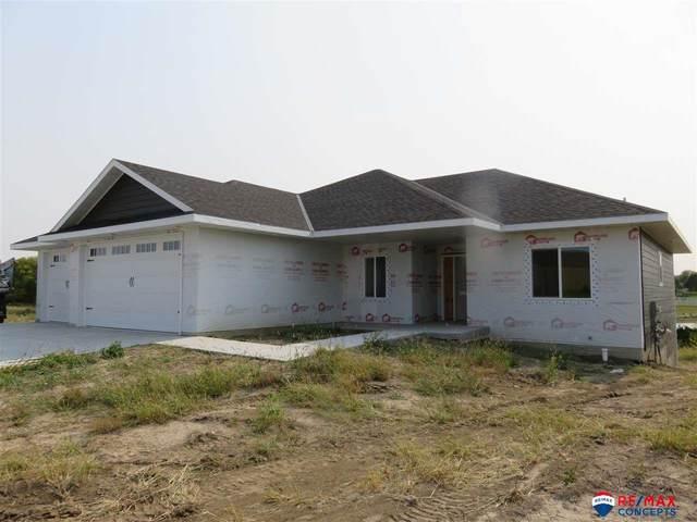 2005 Eastgate Drive, Crete, NE 68333 (MLS #22101105) :: Dodge County Realty Group