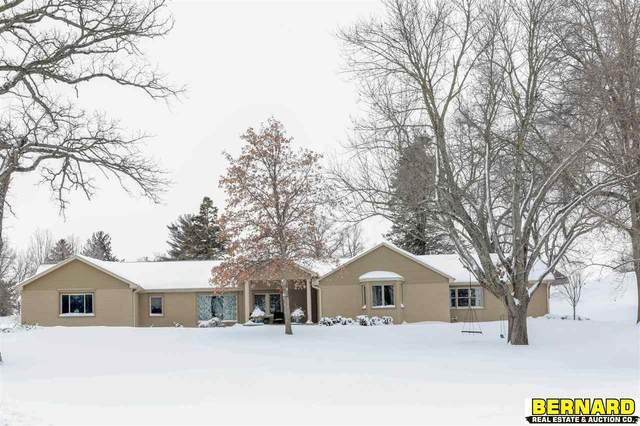 512 Terra Oaks Drive, Nebraska City, NE 68410 (MLS #22101108) :: Dodge County Realty Group