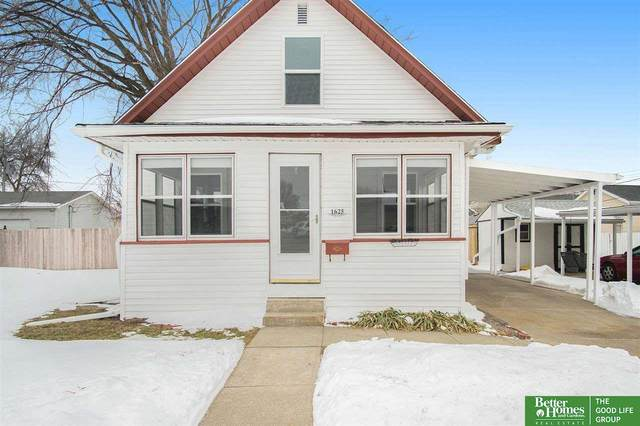 1625 Avenue D, Council Bluffs, IA 51501 (MLS #22101535) :: Cindy Andrew Group