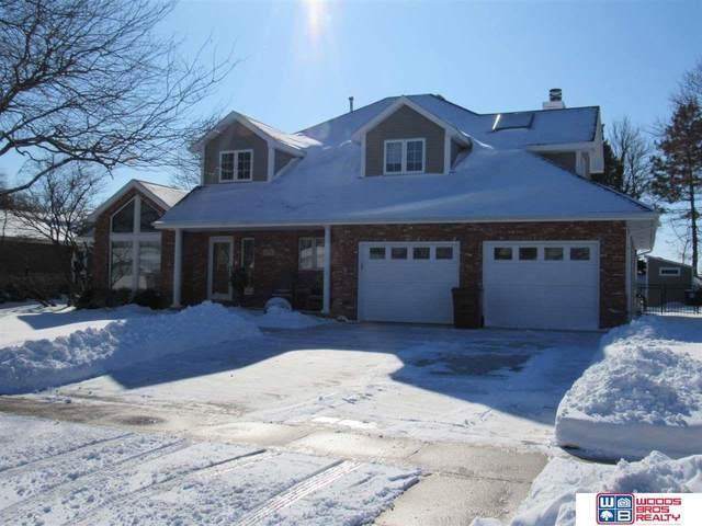 5901 Robin Court, Lincoln, NE 68516 (MLS #22101646) :: Omaha Real Estate Group