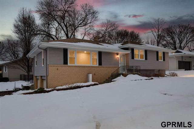 601 S 114 Street, Omaha, NE 68154 (MLS #22101857) :: Cindy Andrew Group