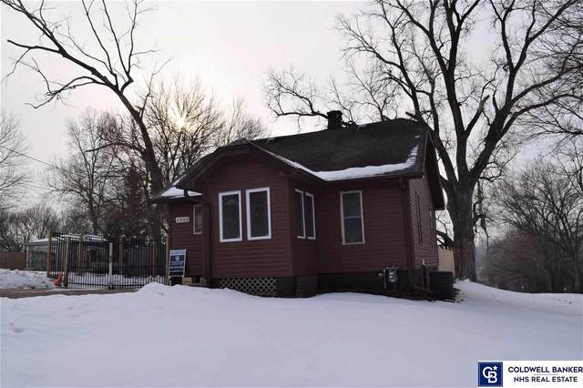 3935 Hartman Avenue, Omaha, NE 68111 (MLS #22101899) :: Stuart & Associates Real Estate Group