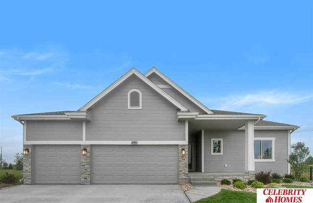 2003 Hummingbird Drive, Bellevue, NE 68123 (MLS #22101984) :: The Homefront Team at Nebraska Realty