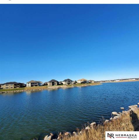 515 Deep Water Bay, Lincoln, NE 68527 (MLS #22102217) :: Omaha Real Estate Group