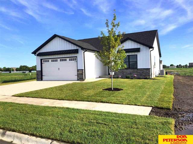 3094 Cottage Grove Lane, Fremont, NE 68025 (MLS #22102223) :: The Briley Team
