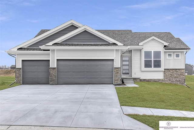 12109 Quail Drive, Bellevue, NE 68123 (MLS #22102237) :: Omaha Real Estate Group
