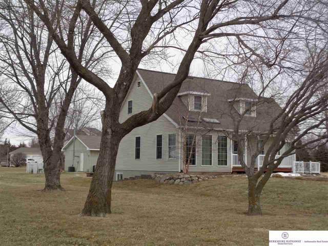 2514 Overlook Circle, Plattsmouth, NE 68048 (MLS #22102267) :: The Homefront Team at Nebraska Realty