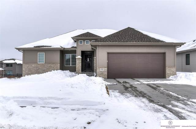 10909 S 175th Avenue, Omaha, NE 68136 (MLS #22102401) :: Complete Real Estate Group