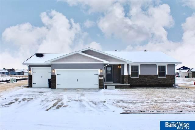 2925 W Kyle Lane, Lincoln, NE 68522 (MLS #22102637) :: Lincoln Select Real Estate Group