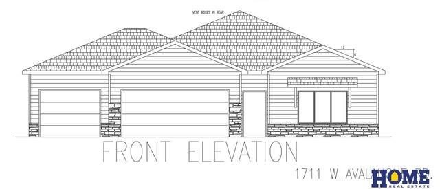 1711 W Avalanche Road, Lincoln, NE 68521 (MLS #22102790) :: kwELITE