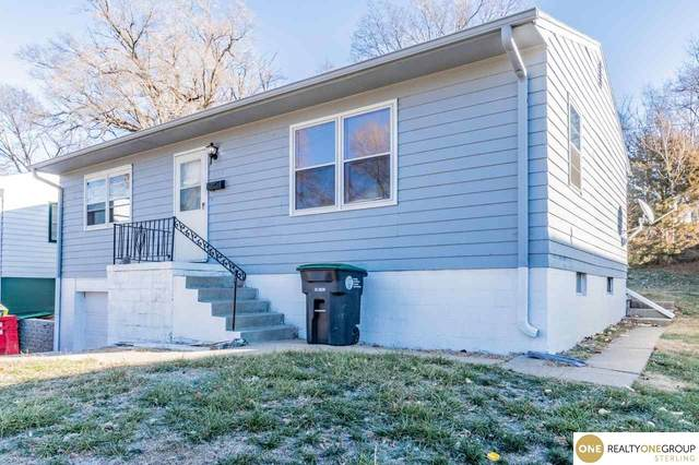 5345 N 34 Street, Omaha, NE 68111 (MLS #22102878) :: Don Peterson & Associates