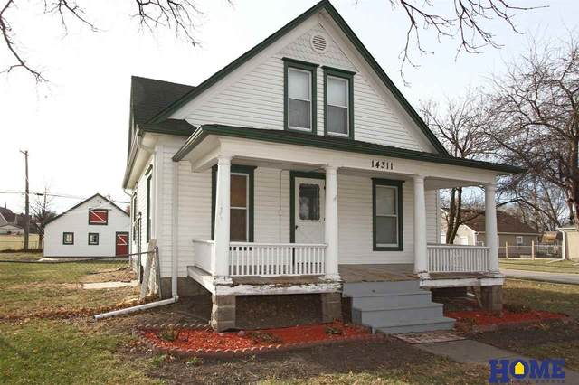 14311 Heywood Street, Waverly, NE 68462 (MLS #22102879) :: Omaha Real Estate Group
