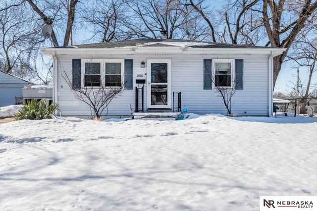 3030 S 39th Street, Omaha, NE 68105 (MLS #22102969) :: Don Peterson & Associates