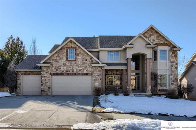 806 S 181 Avenue, Elkhorn, NE 68022 (MLS #22102971) :: Omaha Real Estate Group