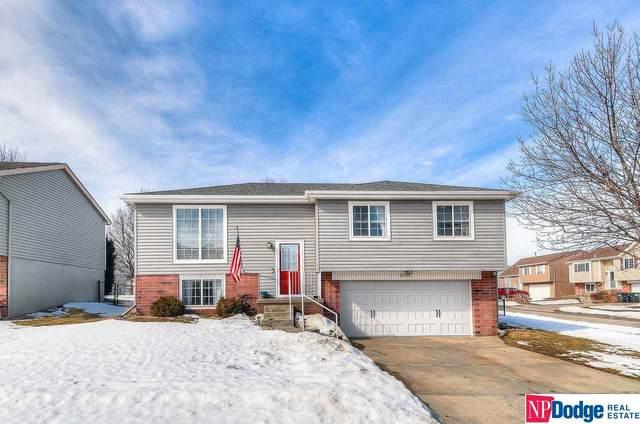 6720 N 112 Street, Omaha, NE 68164 (MLS #22103018) :: Omaha Real Estate Group