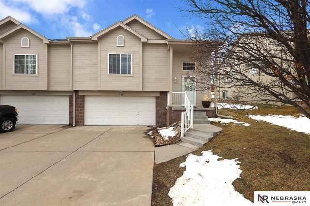 5062 N 155th Street, Omaha, NE 68116 (MLS #22103039) :: The Homefront Team at Nebraska Realty