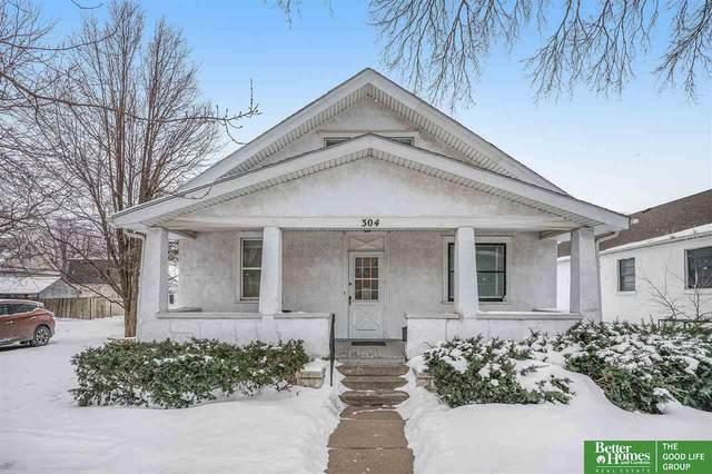 304 S 9th Street, Council Bluffs, NE 51501 (MLS #22103043) :: Don Peterson & Associates